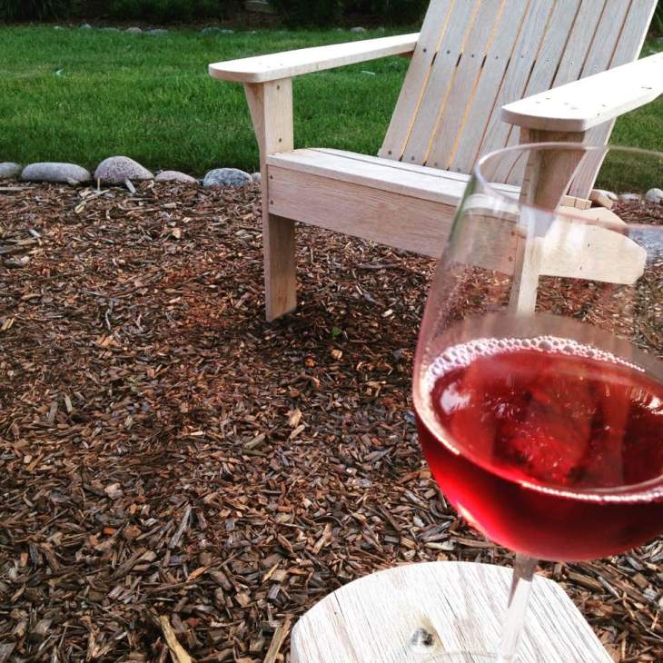 summer wine sipping