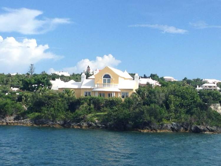 Pretty Bermuda Houses 2017