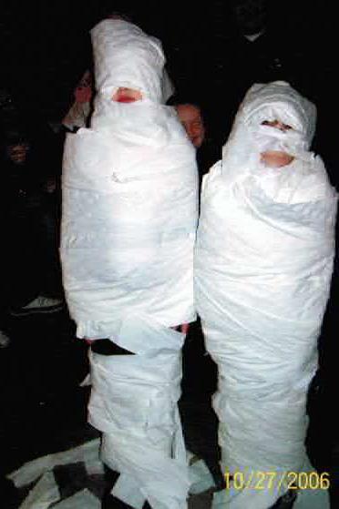mummieshalloweenparty06