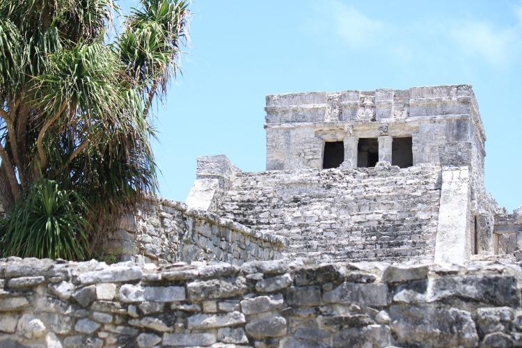 ruins-2708096_1920