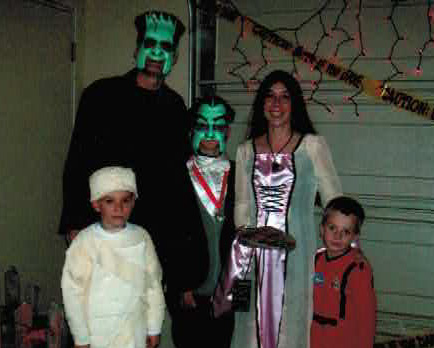 The Munsteres 2006 Halloween