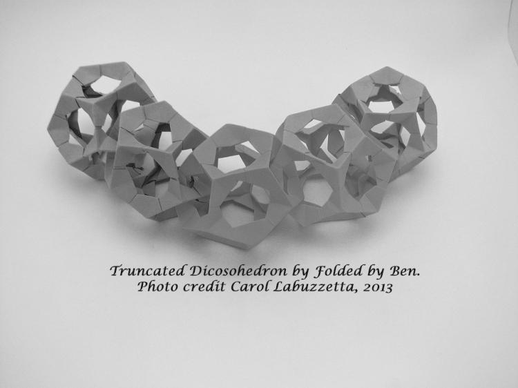 truncatedicosohedron513bwfilter
