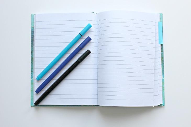 notebook-1803664_1920 (1)
