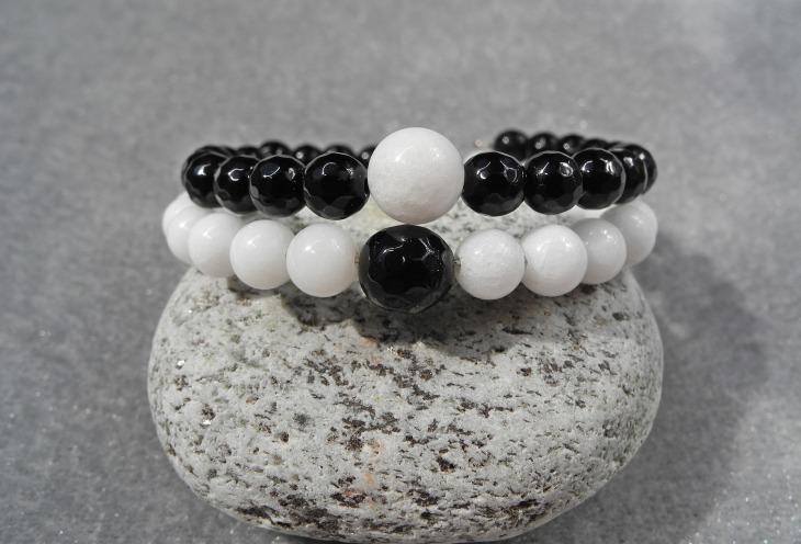 bracelet-2614205_1920.jpg