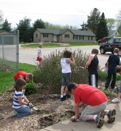 spring clean up group2007